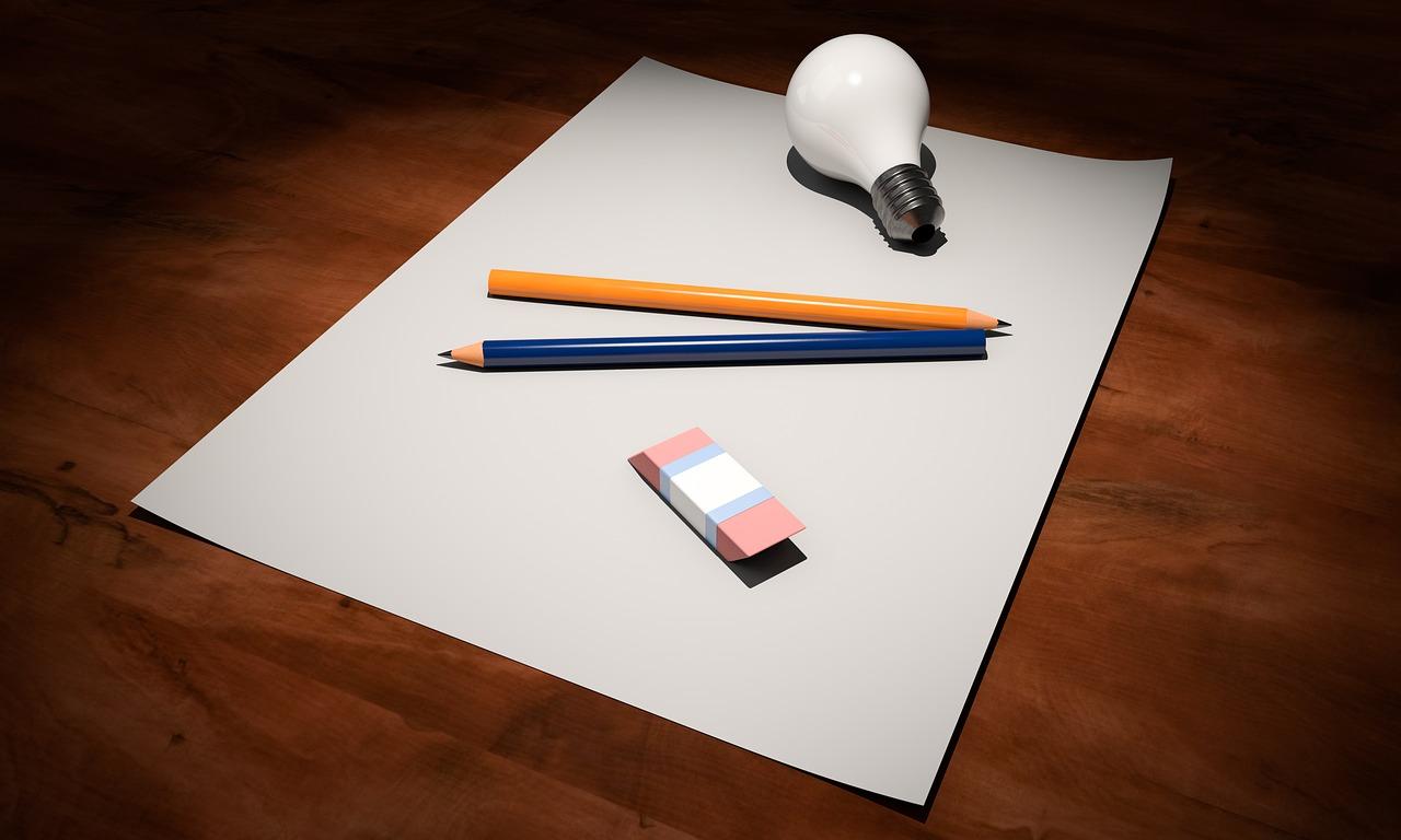 Papper, penna och börja teckna